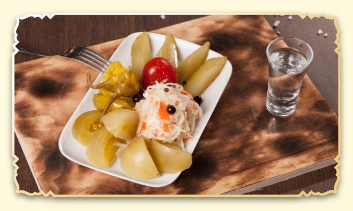 Ассорти из солений - Ресторан Восточная сказка - Восточная кухня в Миассе
