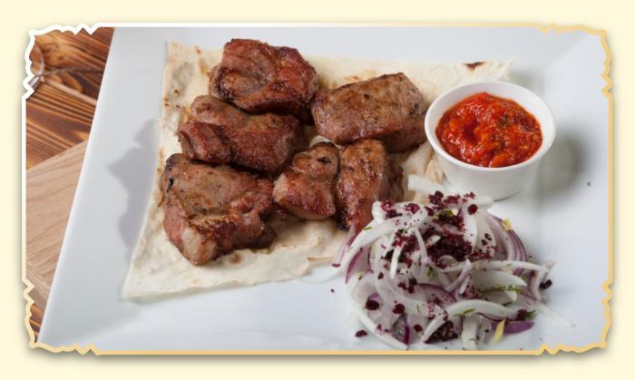 Шашлык из свиной шеи - Ресторан Восточная сказка - Восточная кухня в Миассе